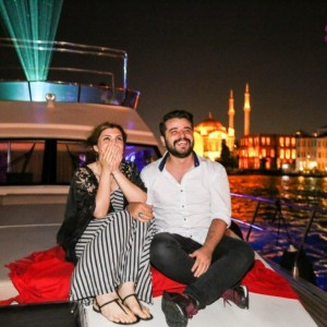 Dinner in Çırağan Palace and Yacht Laser Light Marriage Proposal / Eco Package