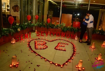 A Romantic Marriage Proposal at Sapphire - 857