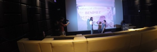 Marriage Proposal in Izmir Cinema