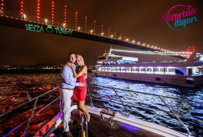 Color Laser Light Marriage Proposal in the Bosphorus - 1034