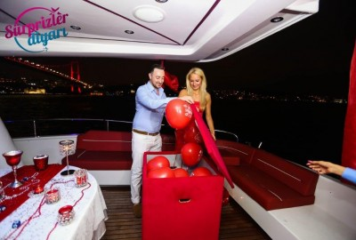Color Laser Light Marriage Proposal in the Bosphorus - 1028