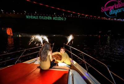 A Marriage Proposal in the Bosphorus - 1090