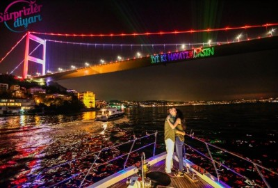 A Marriage Proposal in the Bosphorus - 1093
