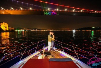 A Marriage Proposal in the Bosphorus - 1095