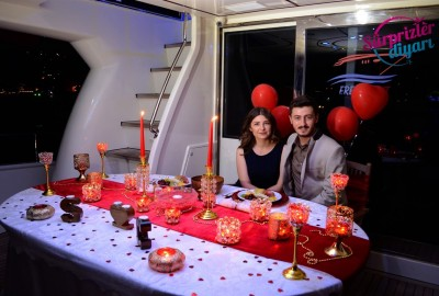 Color Laser Marriage Proposal in the Bosphorus - 1104