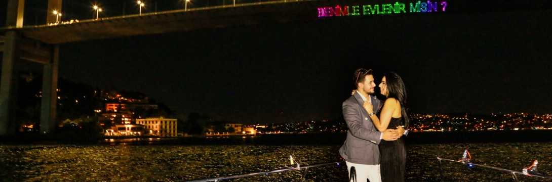 Helikopter Turu, Çırağan'da Yemek ve Yat Lazer ile Evlenme Teklifi