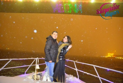 Color Laser Marriage Proposal in the Snow in the Bosphorus - 1474