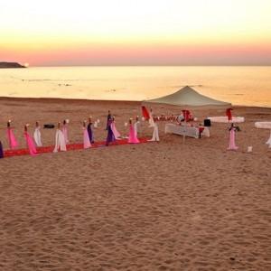 İzmir'in Kumsallarında Evlilik Teklifi
