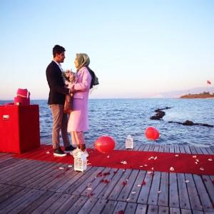 İzmir'de Beklenmedik Anda Evlilik Teklifi