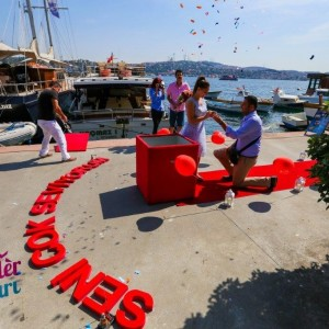 Surprise Marriage Proposal in İzmir