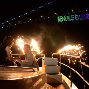 Istanbul will Witness Your Love with the Yacht Marriage Proposal