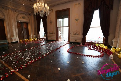 Çırağan Sarayı'nda Romantik Evlilik Teklifi - 2042