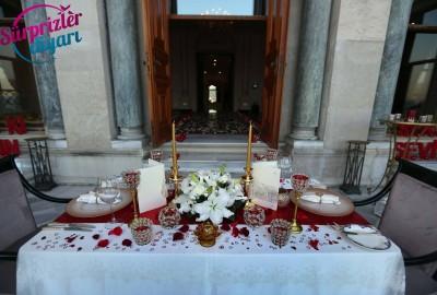 Çırağan Sarayı'nda Romantik Evlilik Teklifi - 2048