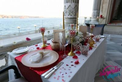 Çırağan Sarayı'nda Romantik Evlilik Teklifi - 2049