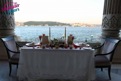 Çırağan Sarayı'nda Romantik Evlilik Teklifi - 2050
