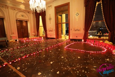 Çırağan Sarayı'nda Romantik Evlilik Teklifi - 2054