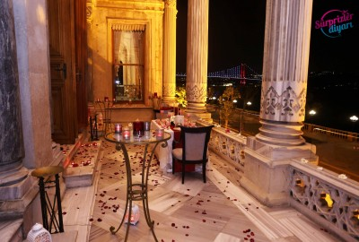 Çırağan Sarayı'nda Romantik Evlilik Teklifi - 2034