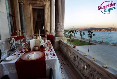 Çırağan Sarayı'nda Romantik Evlilik Teklifi - 2036