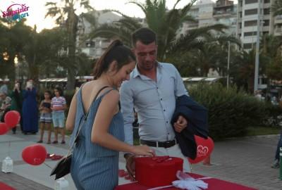 İzmir Karşıyaka'da Orkestra İle Evlilik Teklifi - 2162