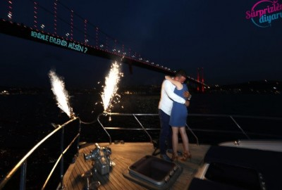 Puzzle Organization and Laser Light Surprise Marriage Proposal - 416