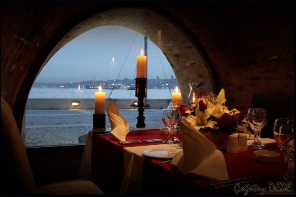 Dinner at the Maiden's Tower and Surprise Box and Heart Mascot Organization on the Pier