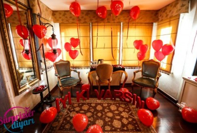 Marriage Proposal at a Hotel - 710